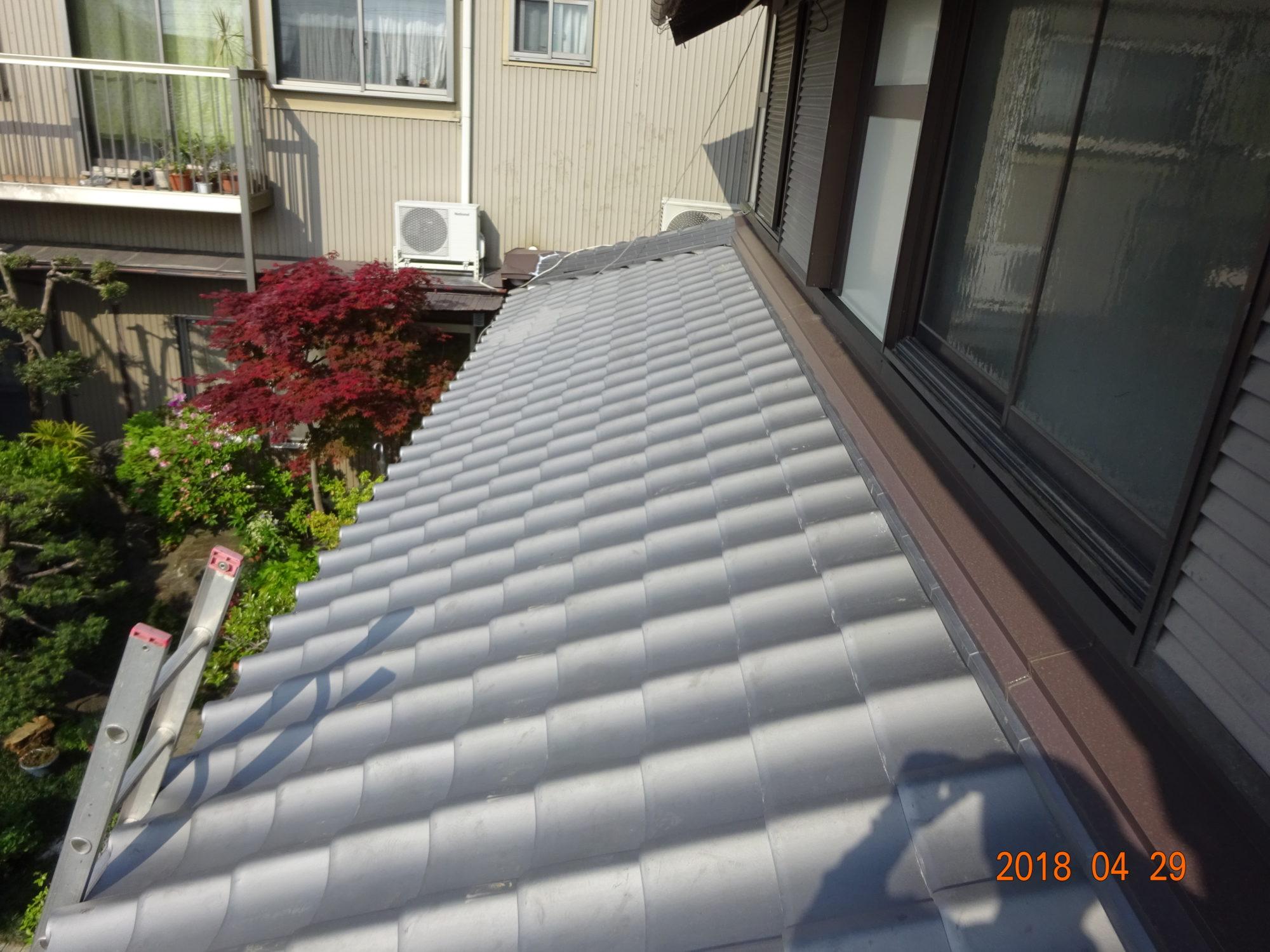岐阜市で、古民家の屋根工事をしています。ようやく完成です。