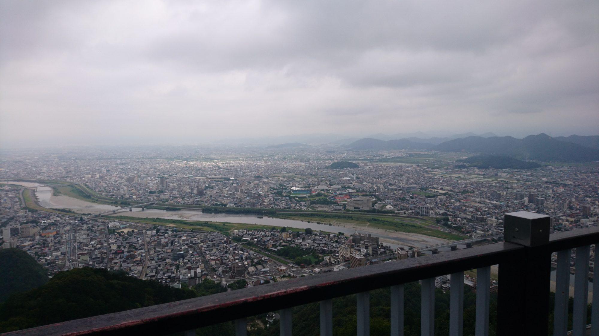 息子といっしょに金華山登頂です。