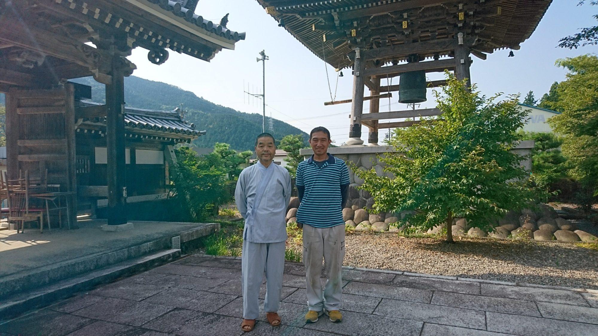 岐阜市のお寺で改修工事をしています。