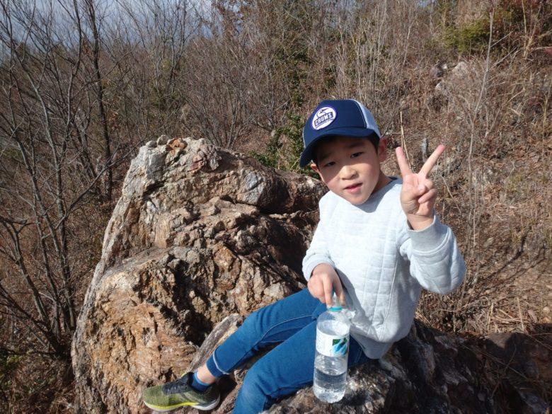 今日は、息子と山登りです。