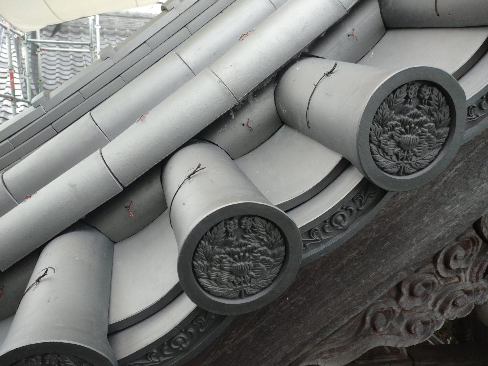 一宮市のお寺で、山門改修工事をしています。