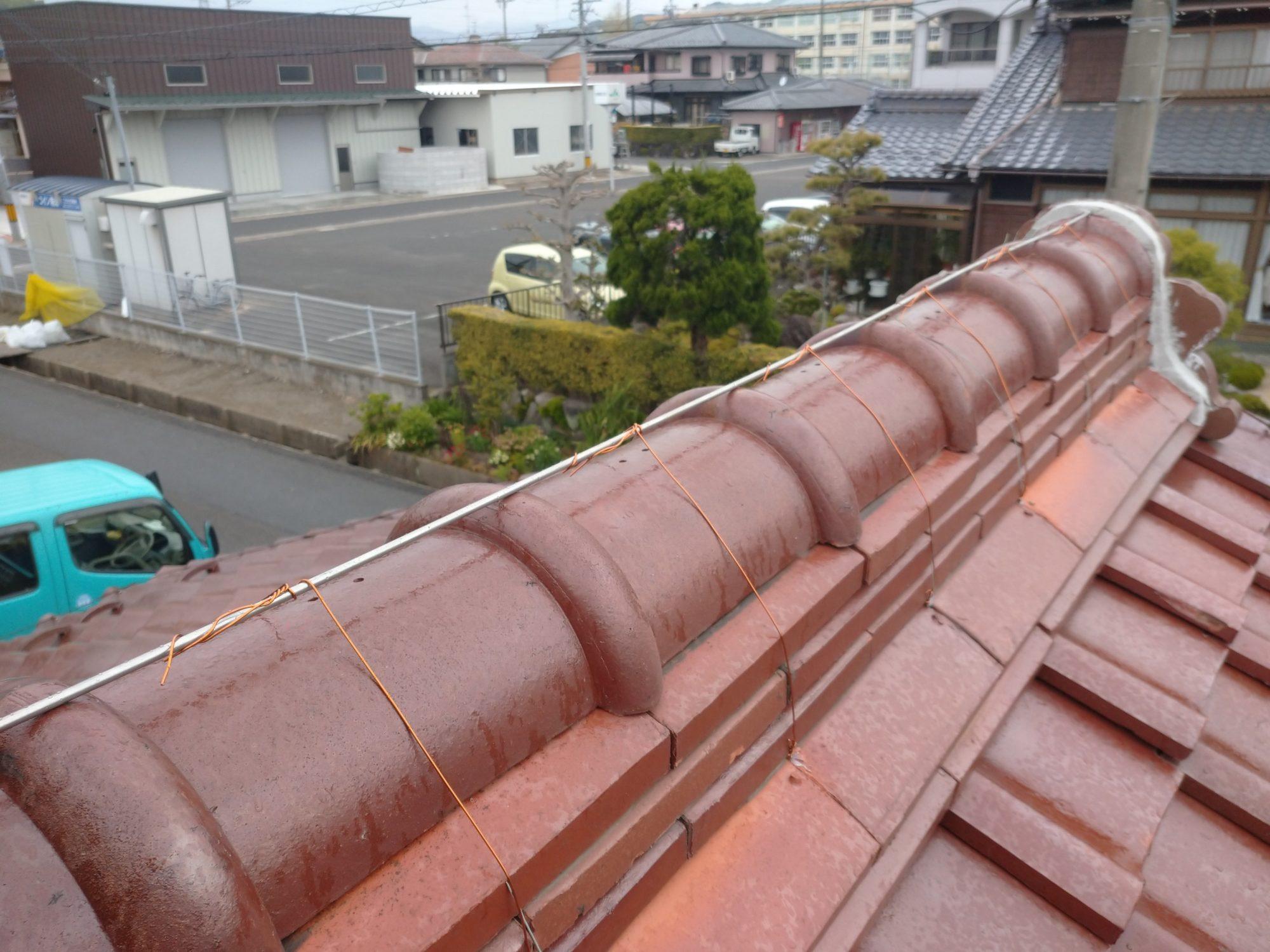 岐阜市で屋根の修理をしています。